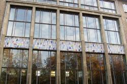 Fassadenmosaik an der Wilhelm-von-Humboldt-Gemeinschaftsschule in Berlin