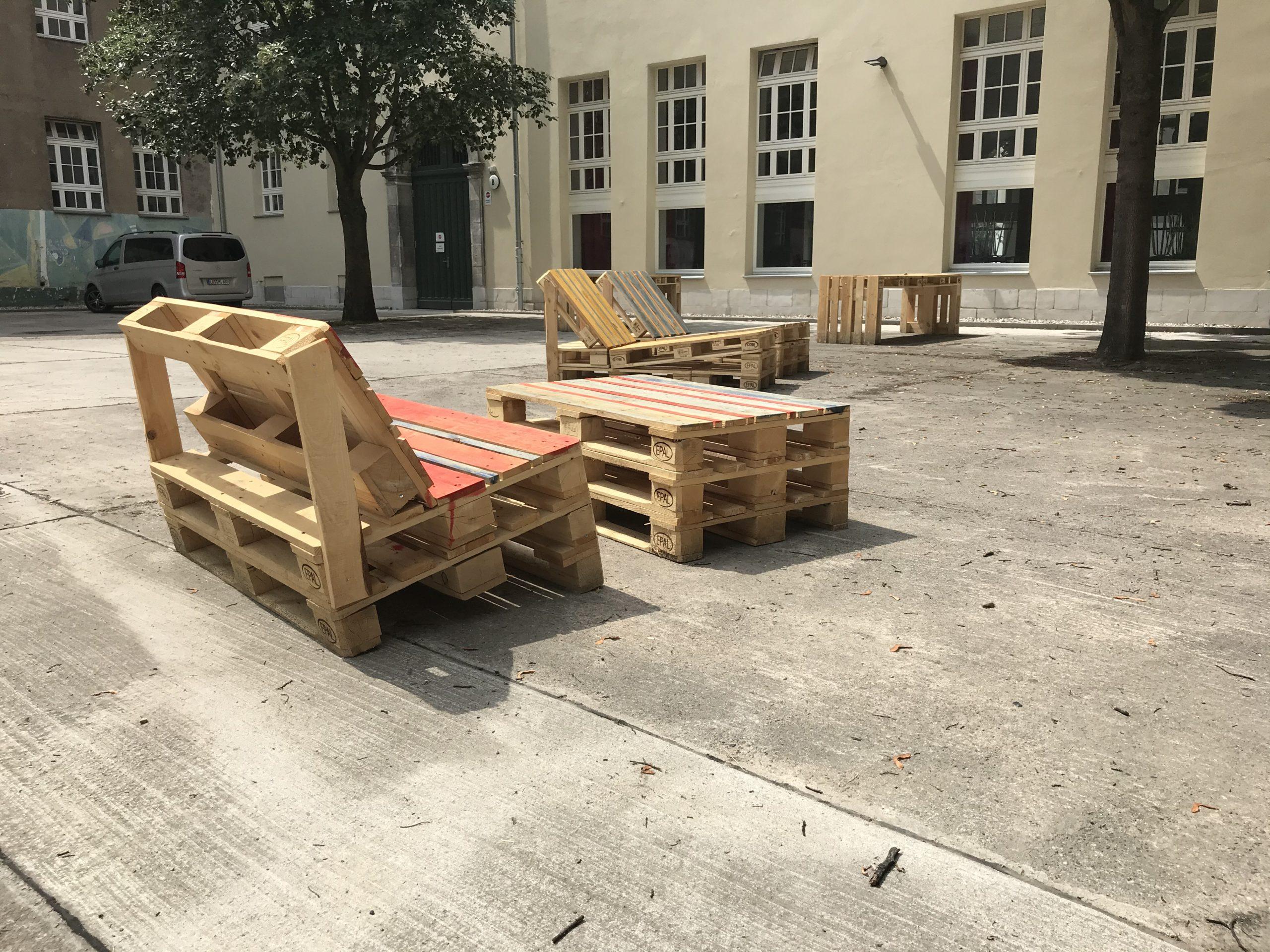Möbelbau OHO-Schulhof 8