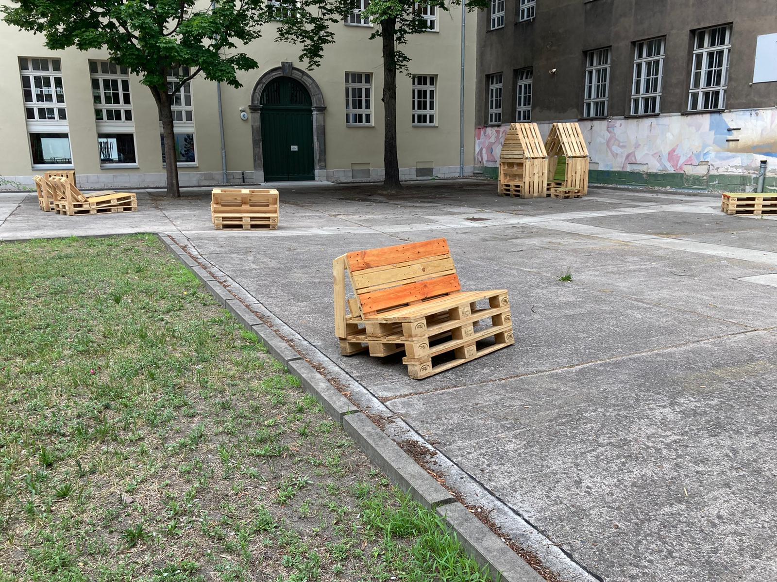 Möbelbau OHO-Schulhof 7