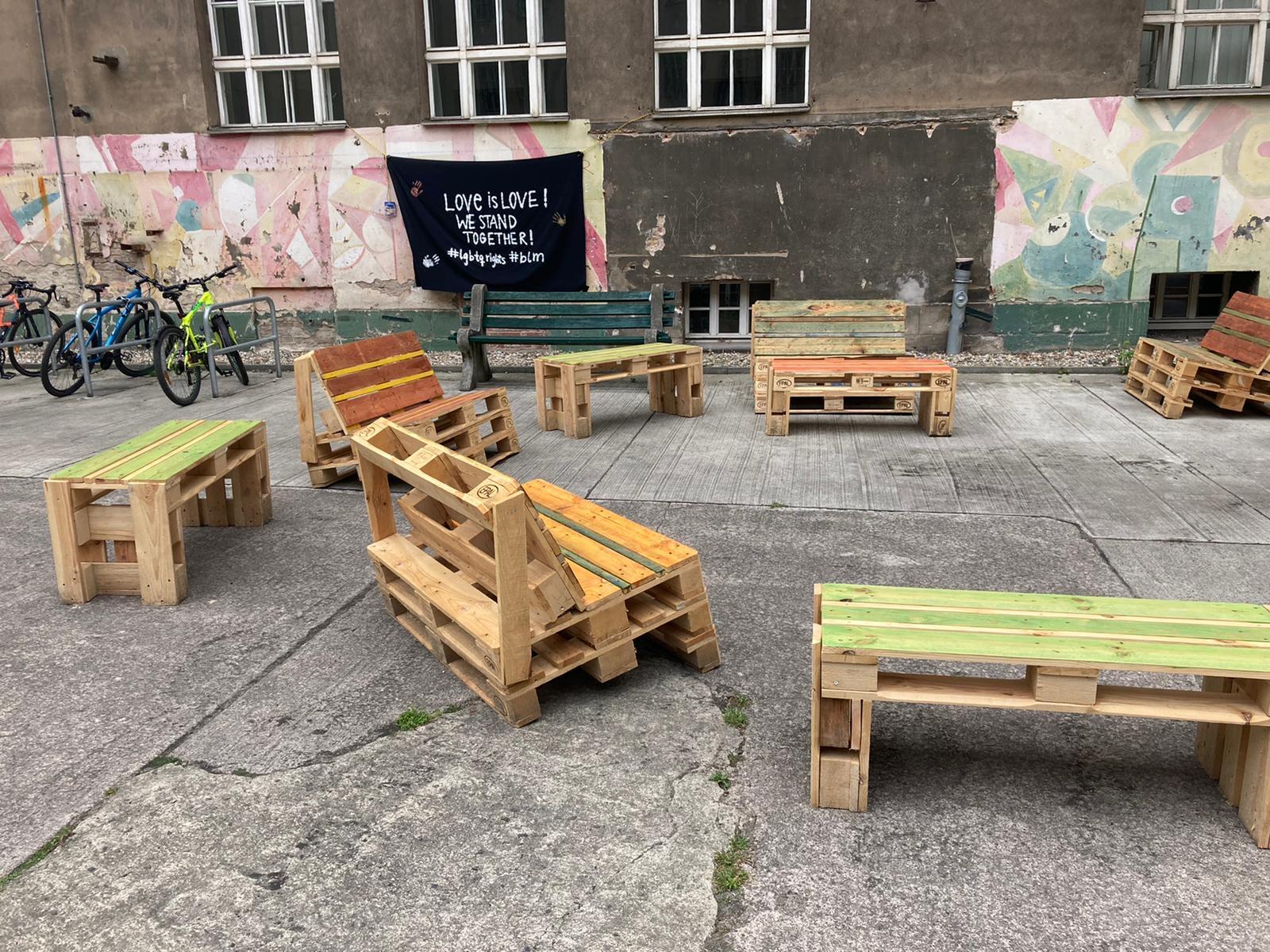 Möbelbau OHO-Schulhof 6