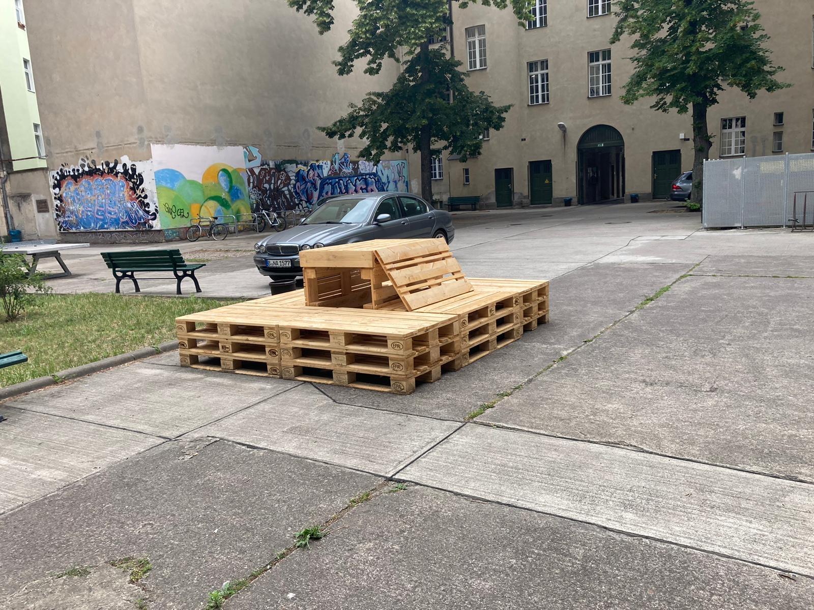 Möbelbau OHO-Schulhof 5