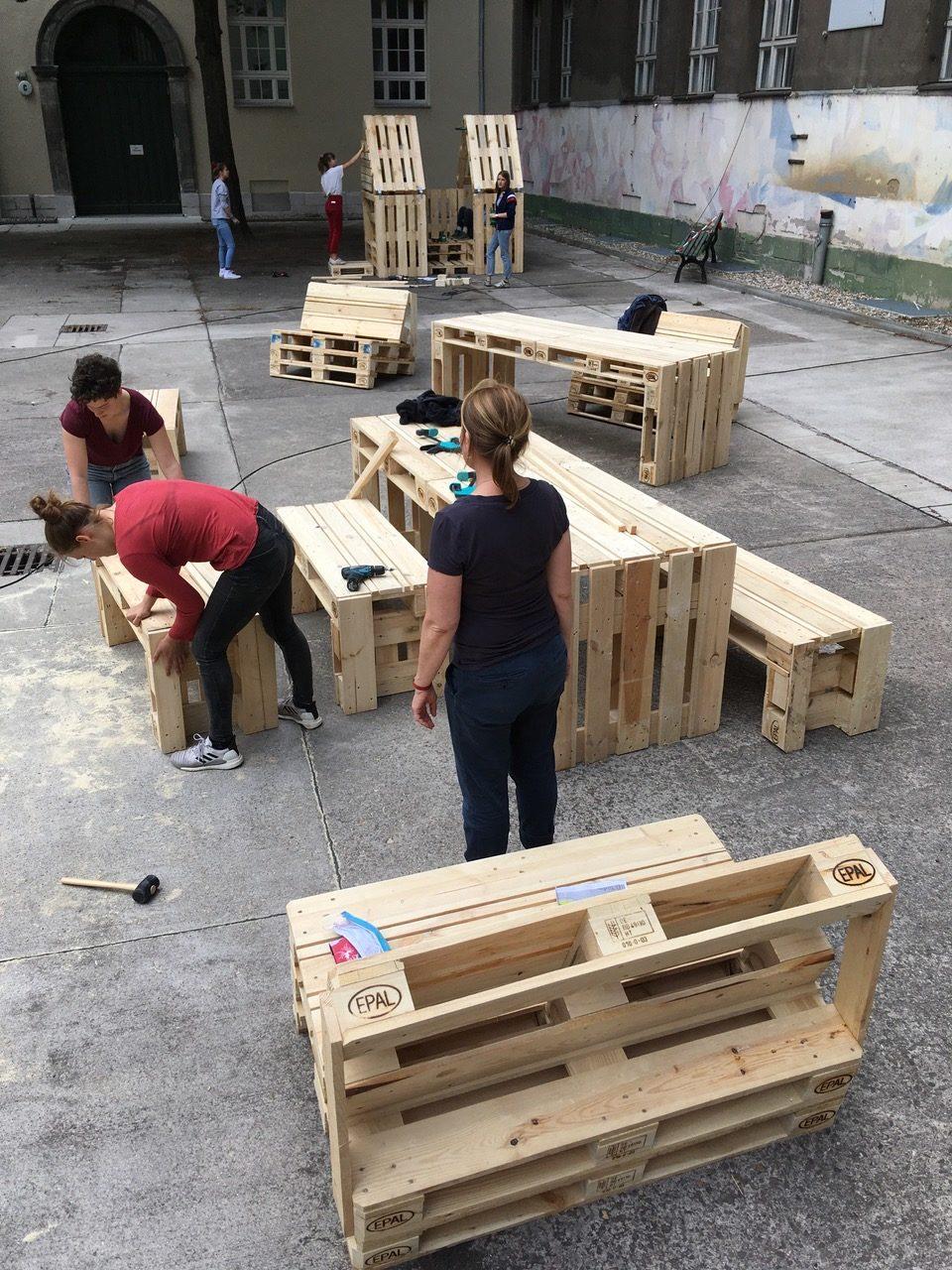 Möbelbau OHO-Schulhof