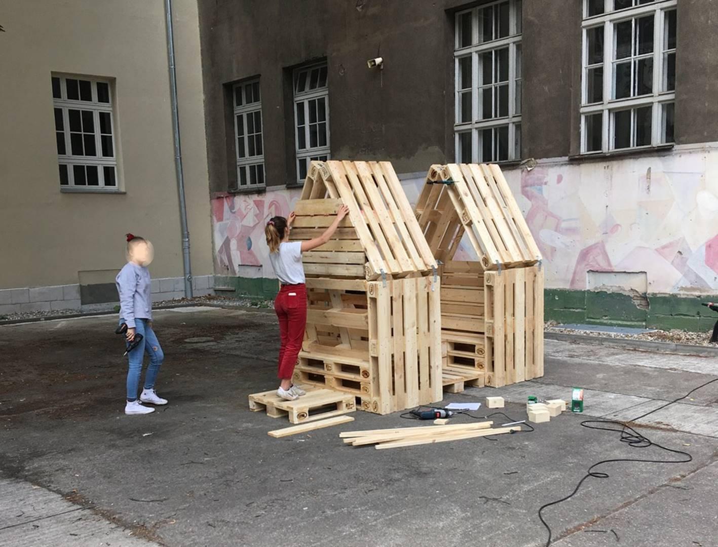 Möbelbau OHO-Schulhof 2